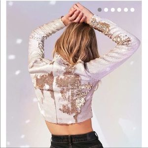 Silence + Noise Cropped Sequence Long Sleeve Top